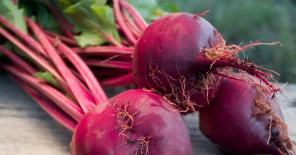 10 Vegetable and Fruit Discards You Can Actually Eat - DontMesswithMama.com