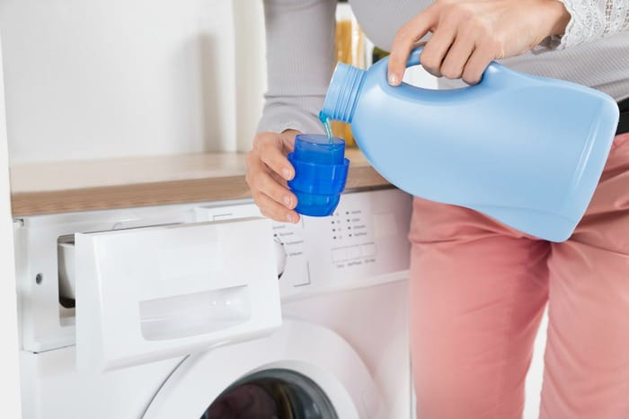 Are You Using Too Much Laundry Detergent? Find out why more is not better when it comes to detergent - DontMesswithMama.com