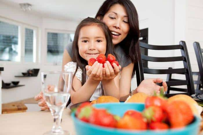 8 Ways to Get Kids Involved in the Kitchen