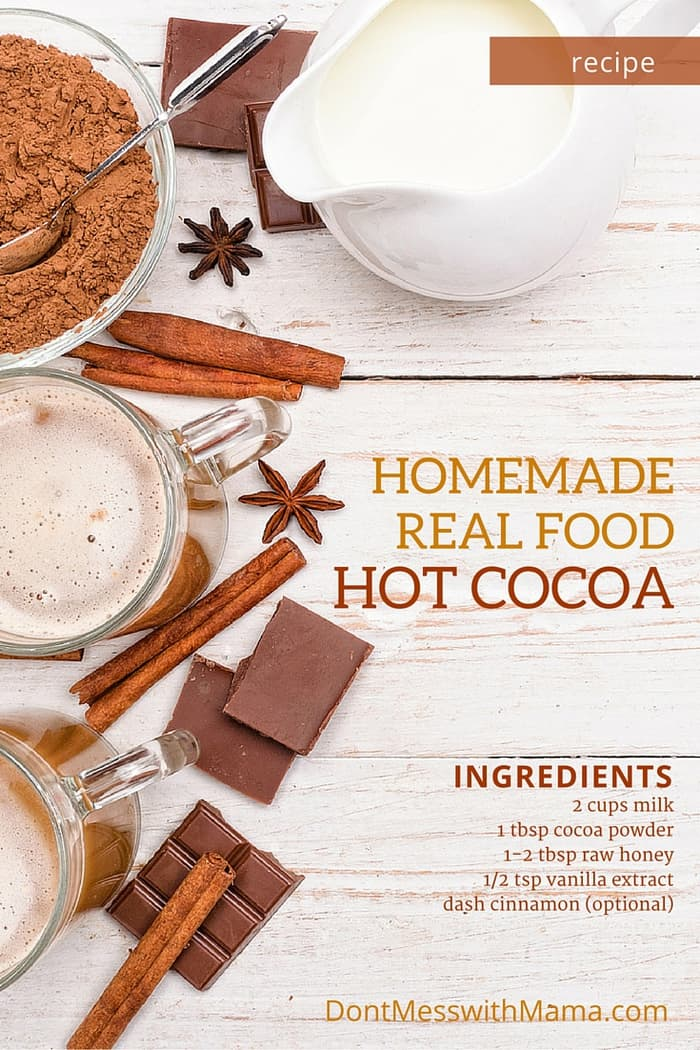 Homemade Hot Chocolate. Healthy hot chocolate made at home using real food ingredients. So delicious and easy to make. www.dontmesswithmama.com #hotchocolate #chocolate #hotdrinks #drinks #dontmesswithmama
