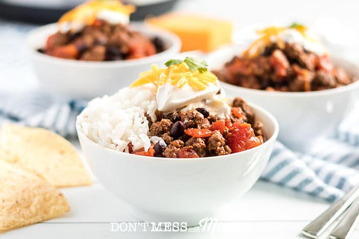 Instant Pot Beef Chili - DontMesswithMama.com