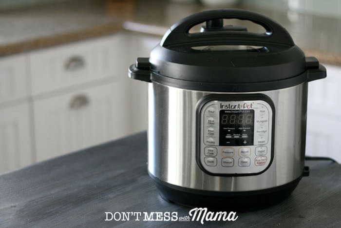 How to Use the Buttons on the Instant Pot - step-by-step tutorial on how to use the Instant Pot - DontMesswithMama.com