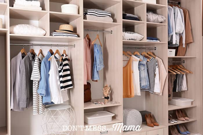 How to Create a Capsule Wardrobe - Don't Mess with Mama