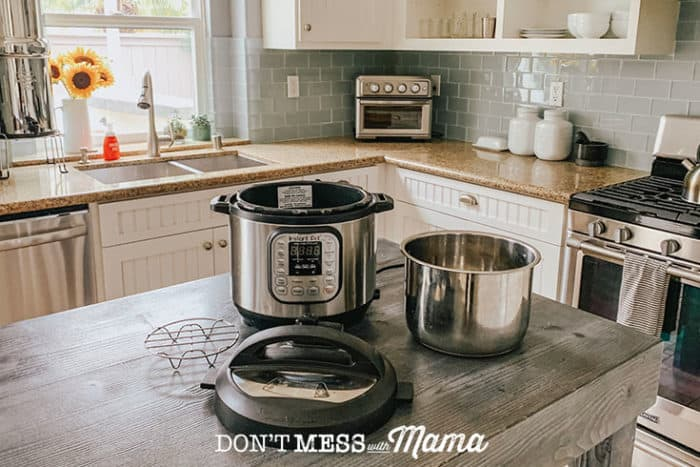 Tutorial: How to Clean an Instant Pot - step by step directions on how to clean an electric pressure cooker - DontMesswithMama.com